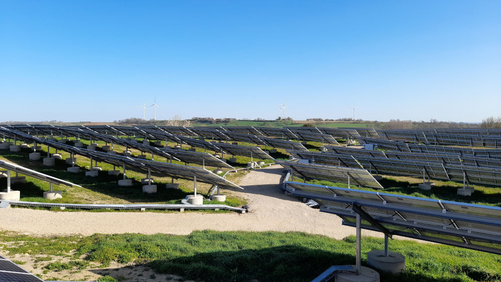 grand projet photovoltaïque et éolien en AMO IEL
