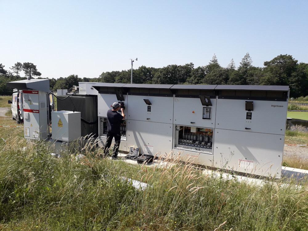 opération de suivi sur site en photovoltaïque